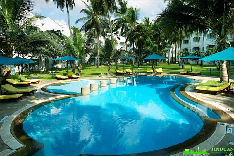 Bể bơi tại Long Việt Riverside